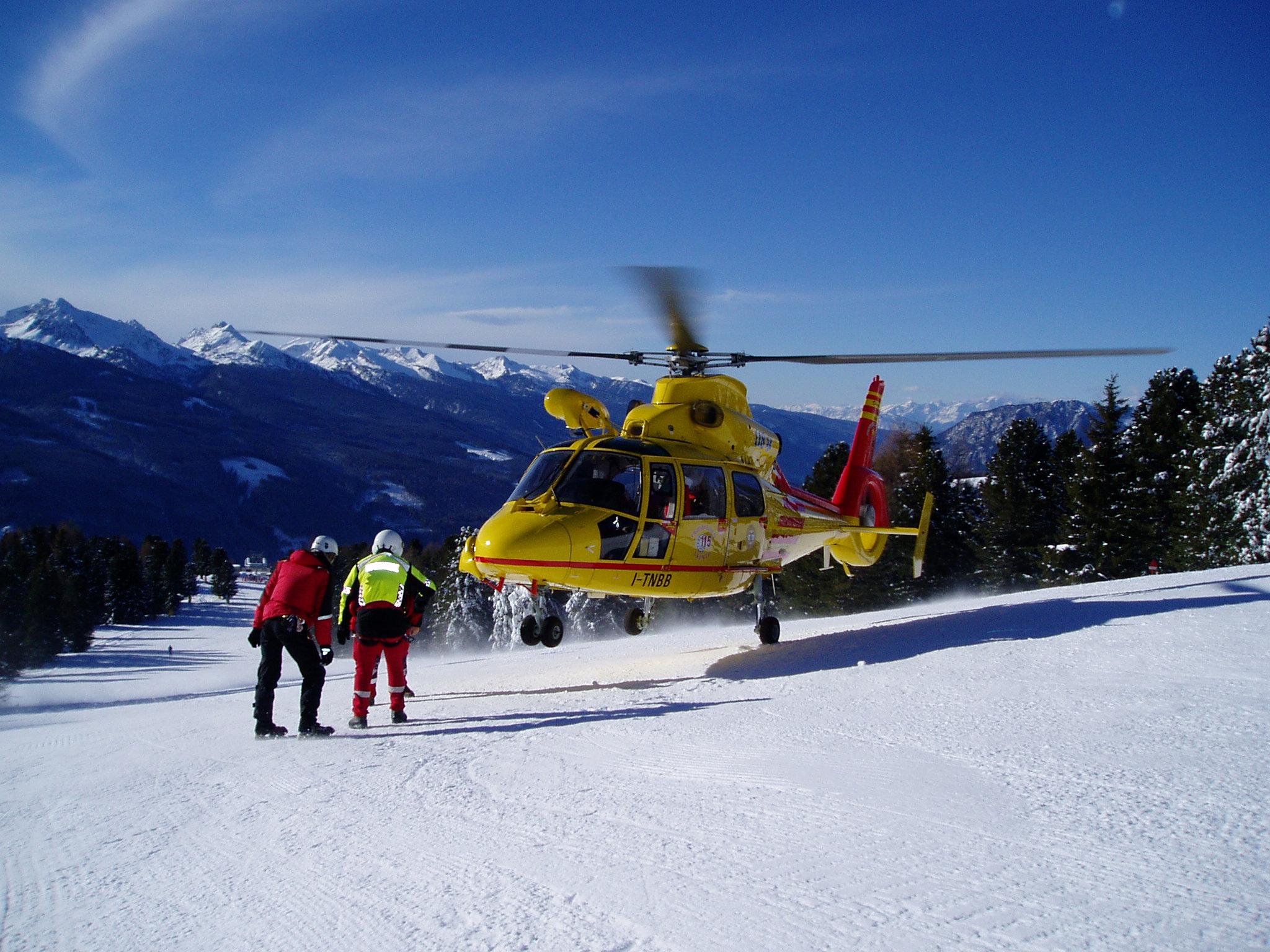 Elicottero 118 : Soccorso alpino e elicottero abr news