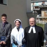 Bobbio Pellice - Da sinistra a destra: Rudy Charbonnier, Ramona Depetris, pastore Gregorio Plescan e William Mondon  Marin