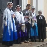 Rorà - Da sinistra: Alessia Tourn, Cristina Roccato,  Levi Giovanni Rivoira, Clara Lisa Durand e la pastora Erika Tomassone